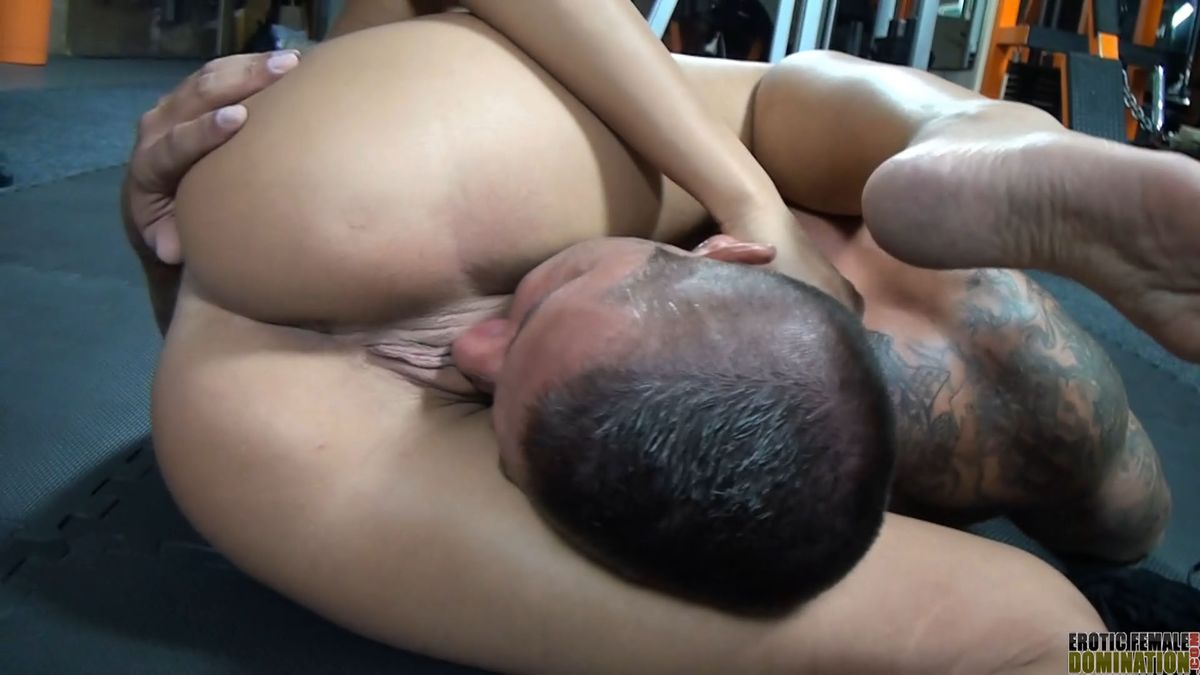 Domination Female Smother