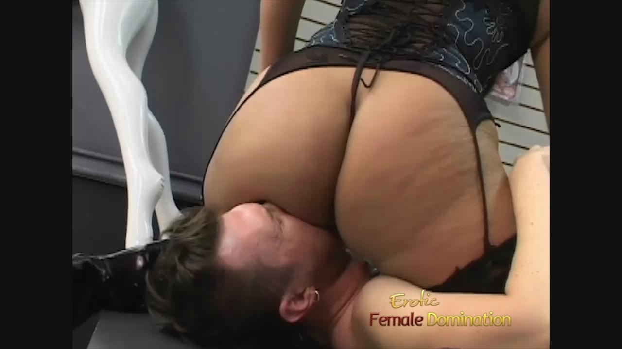 Oral sex to man