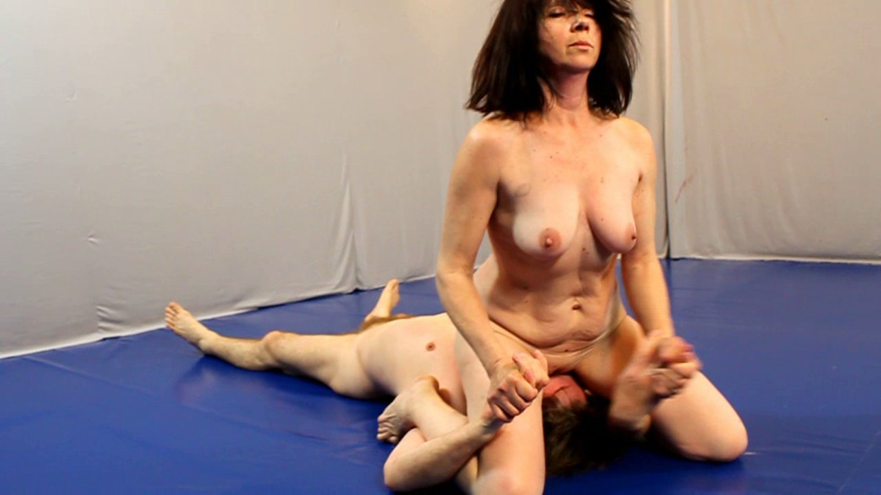 mature to mature women catfight jpg 1500x1000