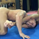 Melanie Memphis Gets Her Slave In A Body Scissor