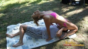 Blonde mistress enjoys herself during outdoor face sitting session