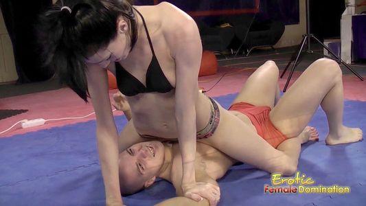 Erotic female domination aliz