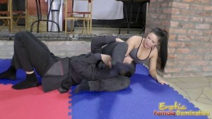 wrestling-lesson-with-athina-min
