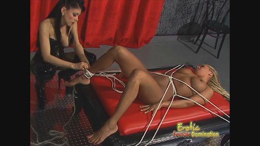 Mistress natasha sweet dominates pet into foot worship 4