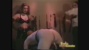 Kinky policewomen sexually interrogate a bound man