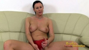 Mistress Lara Jerk-off Instruction