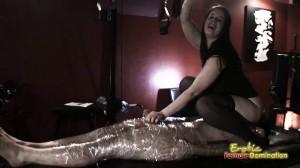 Gloria Gives A Super Dominant Handjob