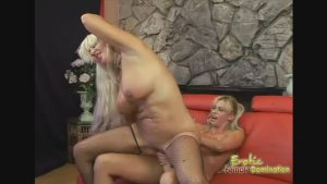 Desirable Milf Fucks French Cougar With Her Toys